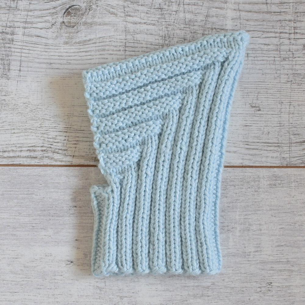 Czapeczka niemowlęca - ręcznie robiona na drutach - ALOM