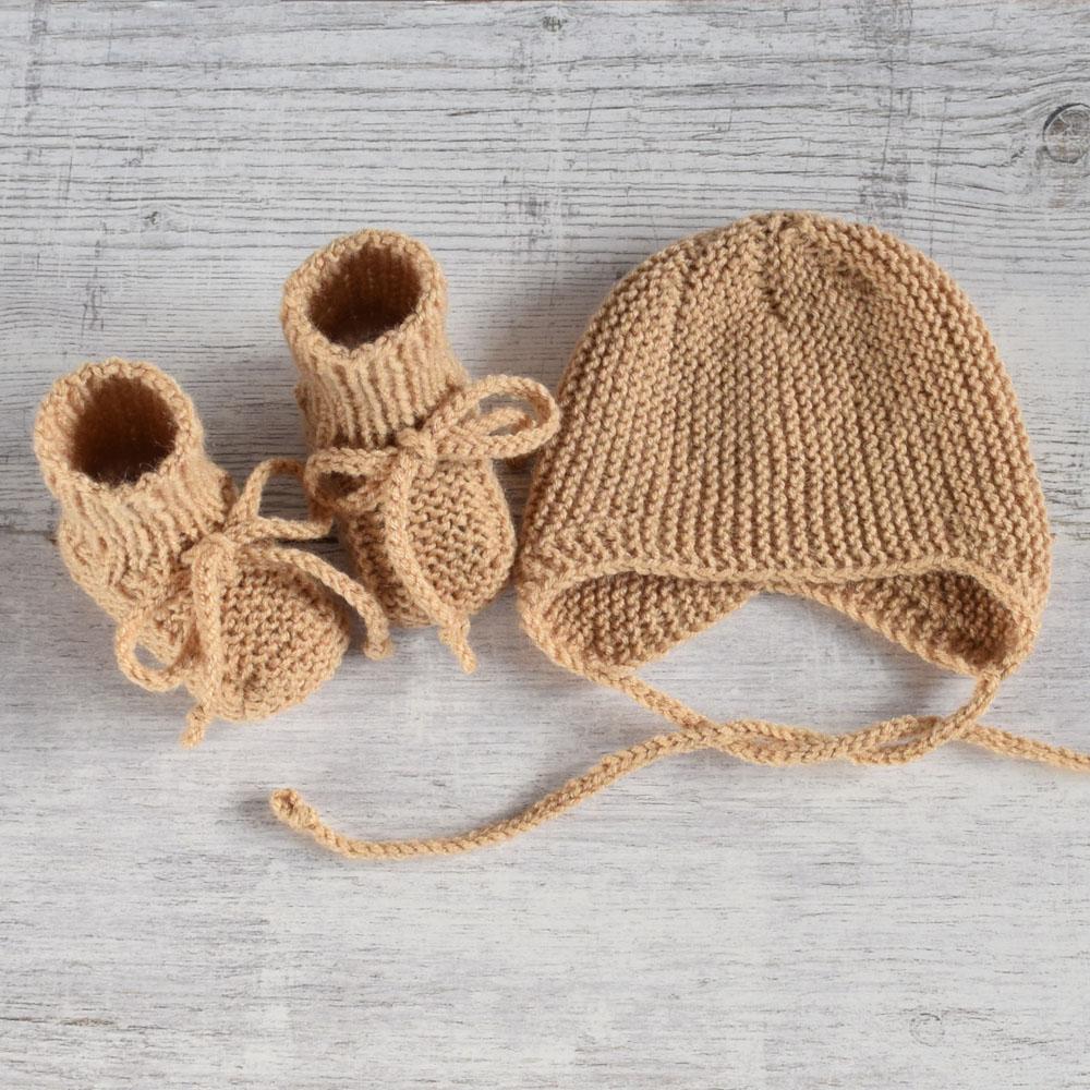 Buciki i czapka - komplet niemowlęcy - prezent dla noworodka - ALOM