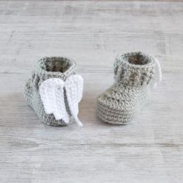 Buciki niemowlęce - aniołki - ręcznie robione na szydełku - wyprzedaż - ALOM