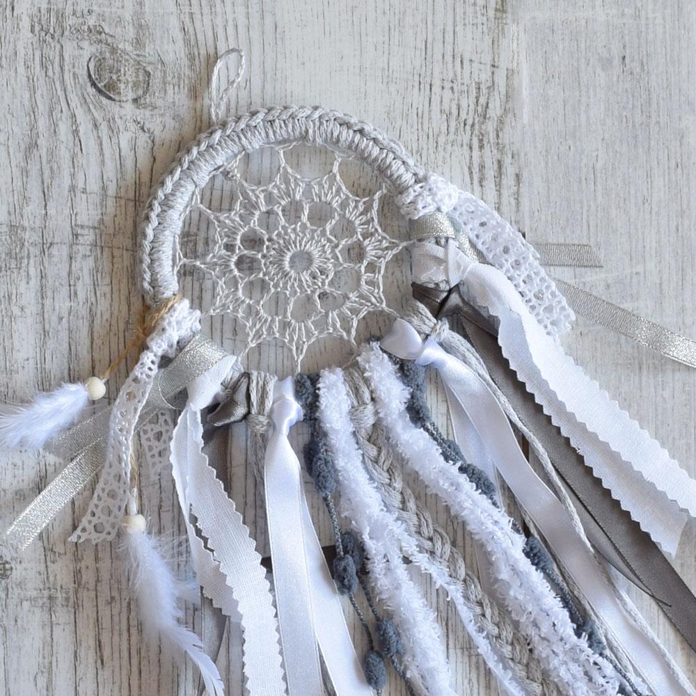 Szary łapacz snów - dekoracja w stylu boho - prezent handmade - ALOM