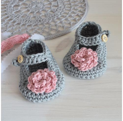 Buciki szydełkowe - prezent dla noworodka - handmade - ALOM
