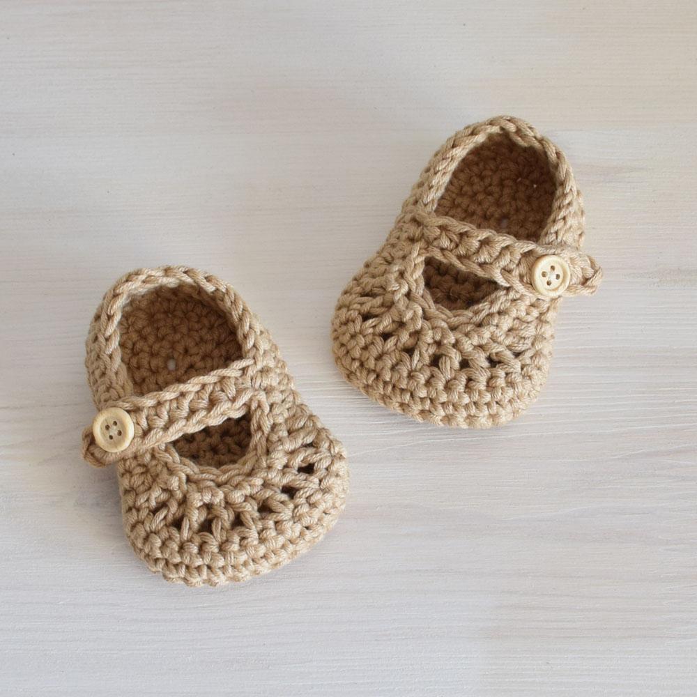 Buciki niemowlęce - rękodzieło - beż - szydełkowe sandałki - ALOM