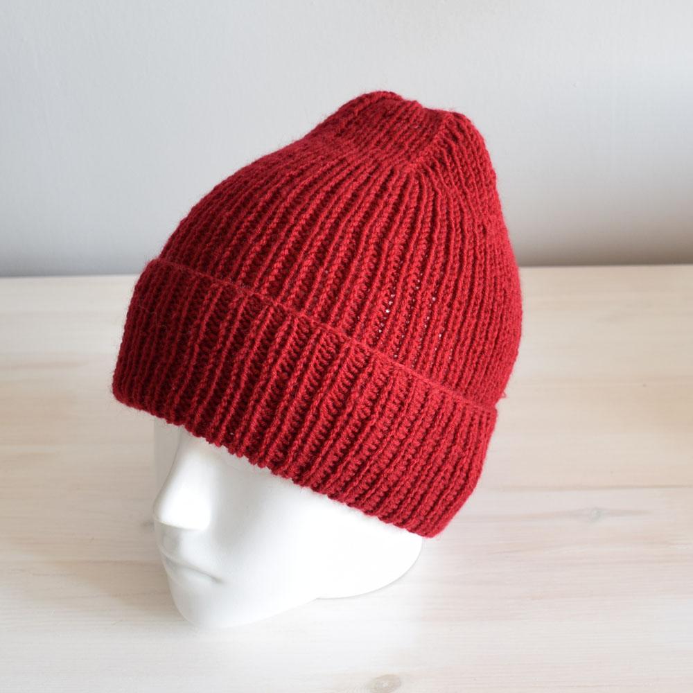 Wełniana czapka - czerwona beanie - handmade - dla nastolatka - ALOM