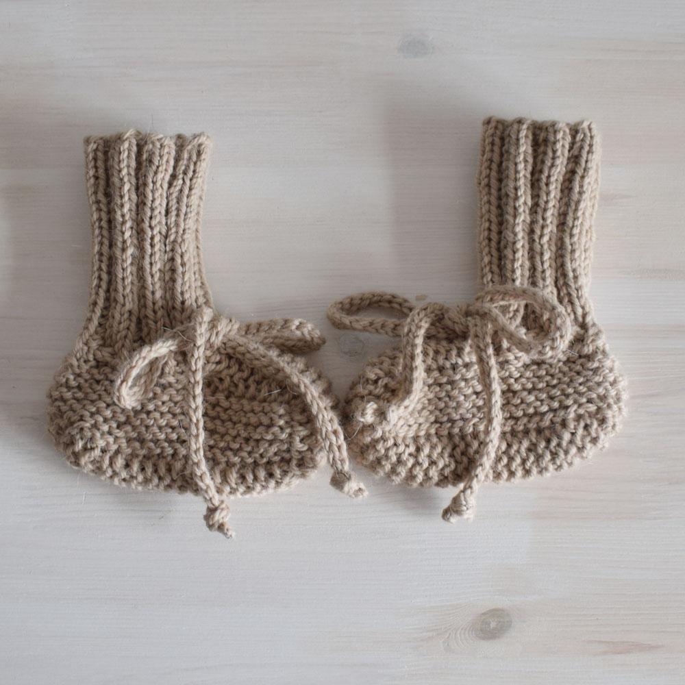 Ciepłe buciki - wygodne jak skarpetki - prezent dla noworodka - ALOM