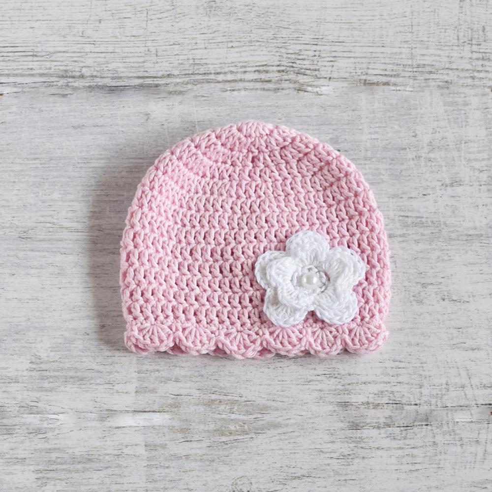 Szydełkowa czapeczka z kwiatem - handmade - ALOM
