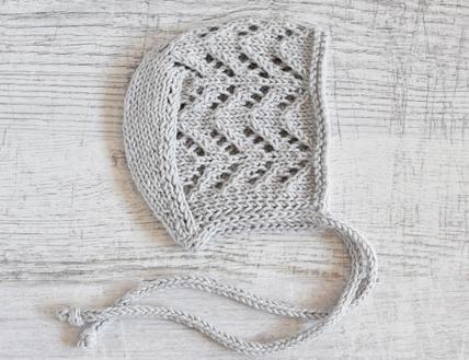 Czapki robione ręcznie na drutach - bonetki  niemowlęce - ALOM